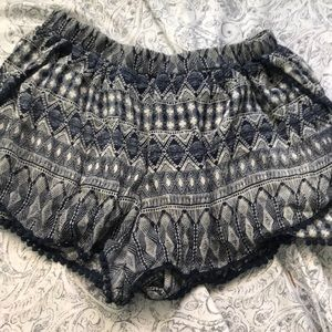 Blue and white printed flowy shorts